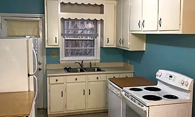 Kitchen, 403 Smith Ave, 2