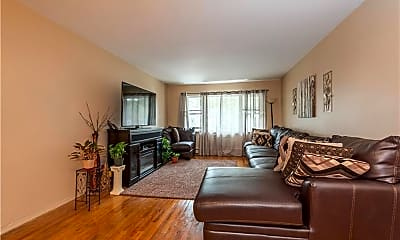 Living Room, 43 Valerie Dr, 1