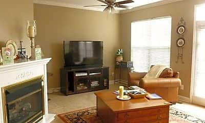 Living Room, 641 Old Hickory Blvd, 1