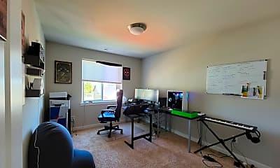 Living Room, 2589 Filbert Ave, 1