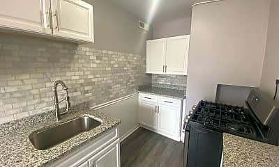Kitchen, 6600 Chestnut St, 1