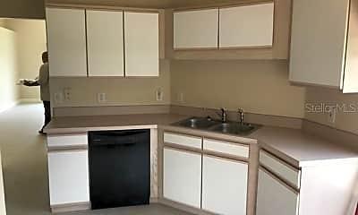 Kitchen, 333 PICCOLO WAY, 1