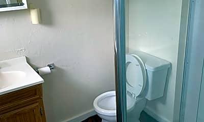 Bathroom, 1913 Lexington Ave, 2