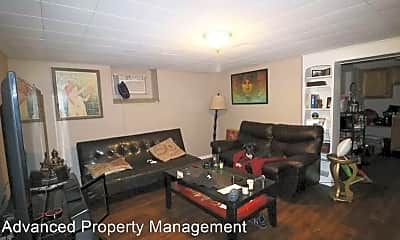 Living Room, 1006 Laramie St, 0