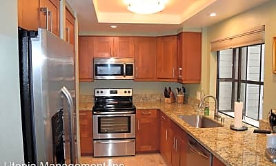 Kitchen, 1940 3rd Ave #206, 0