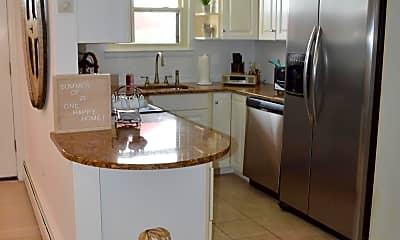 Kitchen, 80 Wharfside Dr, 1