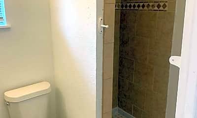 Bathroom, 5403 San Benito Dr, 2