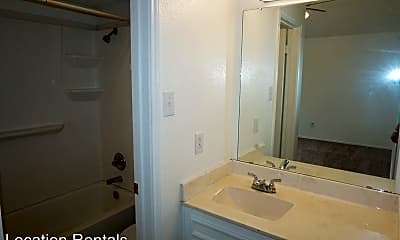 Living Room, 3417 Hyden Ave, 2