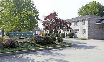 Building, Van Deene Manor Apartments, 1