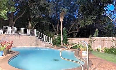 Pool, 615 Peterson Ln, 2