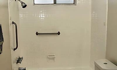 Bathroom, CS Collection Sherman Oaks, 2