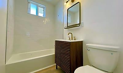 Bathroom, 4705 W 173rd St, 2