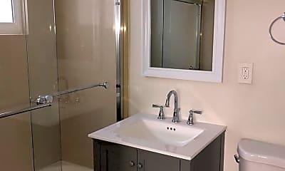 Bathroom, 1618 N Kenmore Ave 4, 2