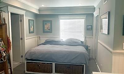 Bedroom, 307 33rd St, 2