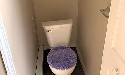 Bathroom, 831 Vine St, 2