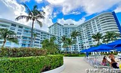 5161 Collins Ave 206, 0