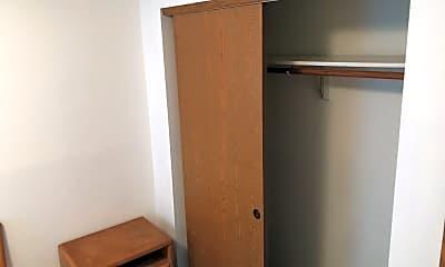 Bedroom, 508 W Griggs St, 2
