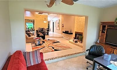 Living Room, 22789 Meridiana Dr, 1