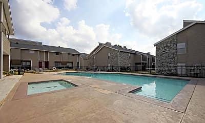 Pool, Vines at Edmond, 1