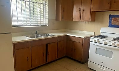 Kitchen, 4671 Rosalie St, 1
