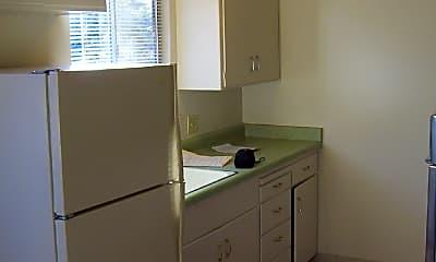 Kitchen, 4398 Hamilton Ave, 1