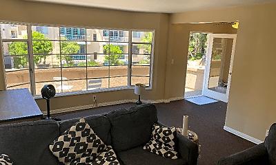 Living Room, 400 Landfair Ave, 1