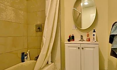 Bathroom, 35 Brookline St, 2