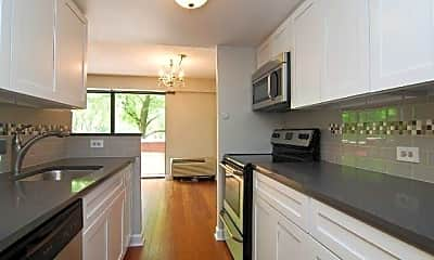 Kitchen, 1115 S plymouth CT, 1