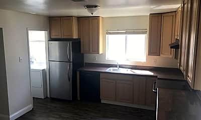Kitchen, 912 Minaker Dr 1, 1