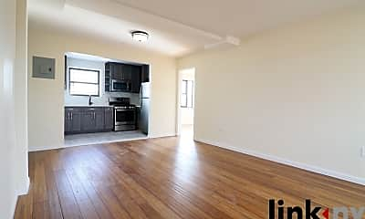 Living Room, 1190 Commonwealth Ave, 0
