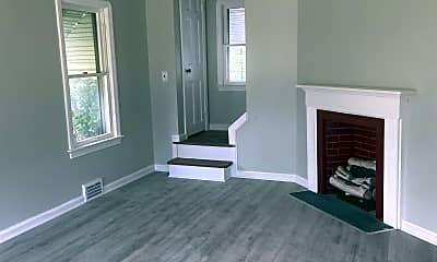 Living Room, 19501 Muskoka Ave, 0