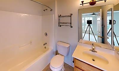 Bathroom, 37 Heritage Oak Way, 2