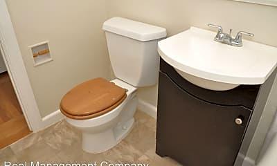 Bathroom, 1170 Guerrero St, 2