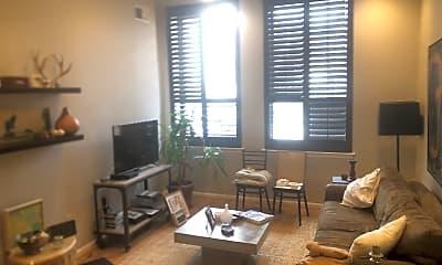 Living Room, 1011 Hunter St, 0