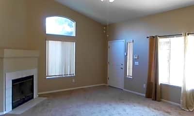 Bedroom, 7381 N Ivanhoe Ave, 1