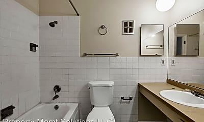 Bathroom, 7301 Sieloff Dr, 2