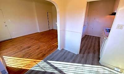 Living Room, 5351 Louis Pl, 1