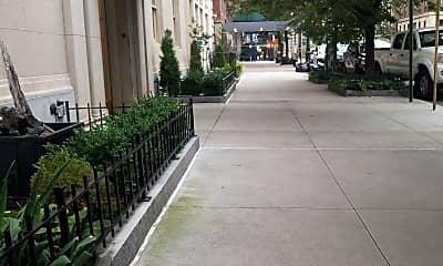 Sutton Place Apartments, 1