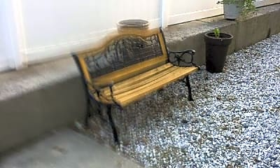 Patio / Deck, 782 Rossville Ave, 1