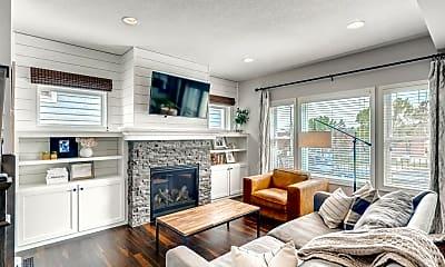 Living Room, 7485 Laurel Point, 1