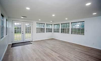Living Room, 4145 Sarong Dr, 2