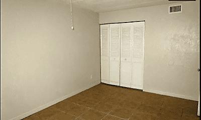 Bedroom, 325 8th St, 2