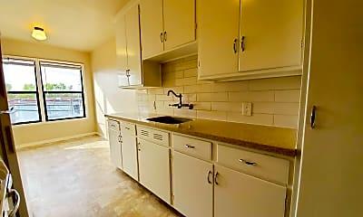 Kitchen, 125 South Blvd, 1