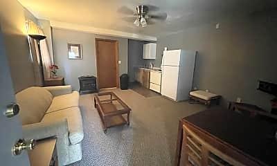 Living Room, 3718 Byrd Rd, 1