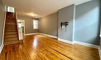 Living Room, 852 Mercer St, 1