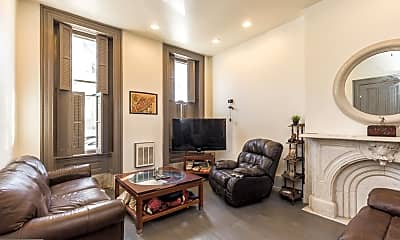 Living Room, 2318 E York St 1, 0