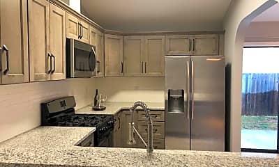 Kitchen, 903 Lawton Ct, 1