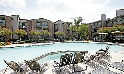 Pool, Lakes of 610, 0