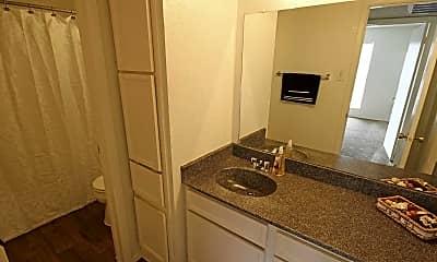 Bathroom, Canyon Creek, 2