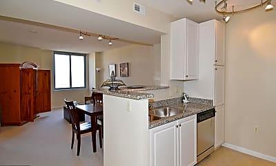 Kitchen, 851 N Glebe Rd 1516, 1
